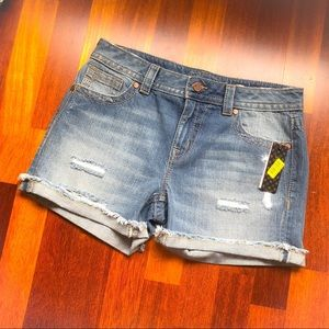 Miss Me Distressed Boyfriend Jean Short size 27